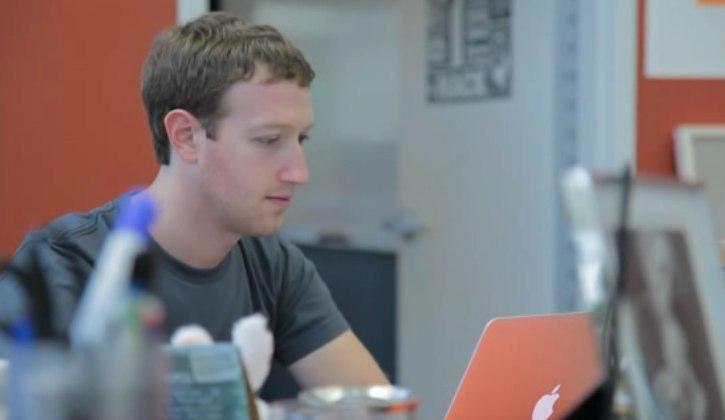 mark-zuckerberg-trabajando